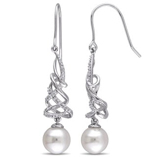 Miadora Sterling Silver 1/10ct TDW Diamond and Cultured Freshwater Pearl Twist Hook Earrings (G-H, I2-I3) (8.5-9 mm)