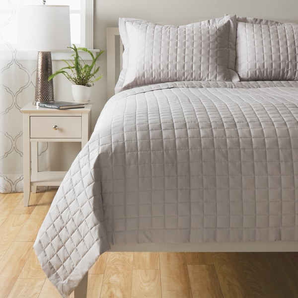 Sensation Cotton Quilt Coverlet Twin Size in White (As Is Item)
