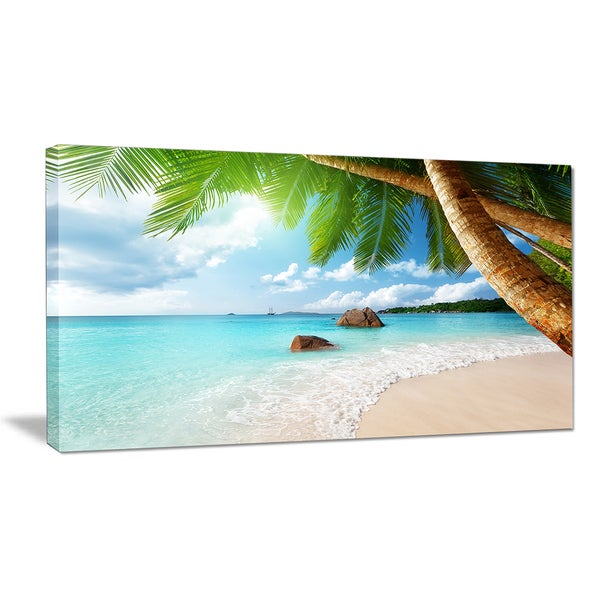 Praslin Island Seychelles Beach - Seashore Photo Canvas Print