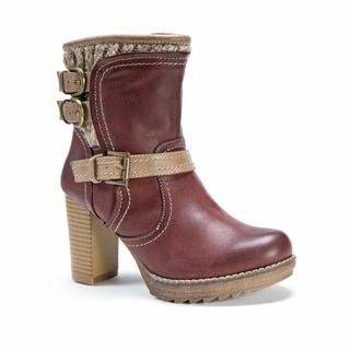 Muk Luks Women's Mariah Red Polyester/Polyurethane/Faux Fur Boots