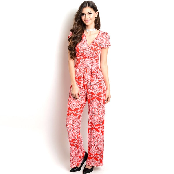 Shop the Trends Women's White/Red Polyester/Spandex Short Sleeve Jumpsuit with Allover Abstract Print