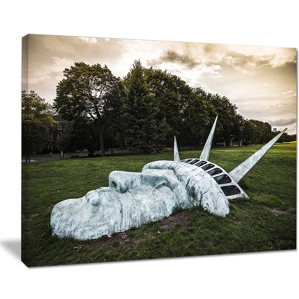 Statue of Liberty - Landscape Photography Canvas Print