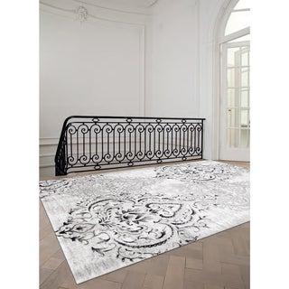 "Plait Venetian Silver Damask Rug (6'7 x 9'6) - 6'7"" x 9'6"""