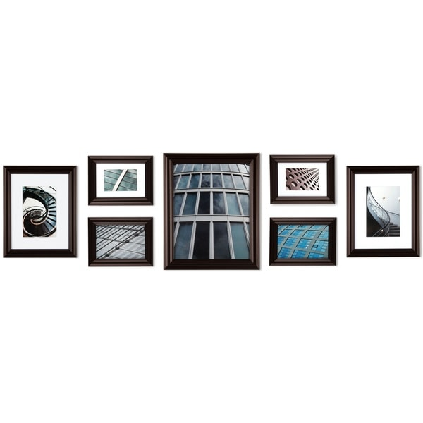 Gallery Perfect 7-piece Walnut Snapshot Frame Kit