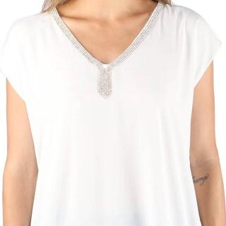 Hadari Woman's White High Low Shirt