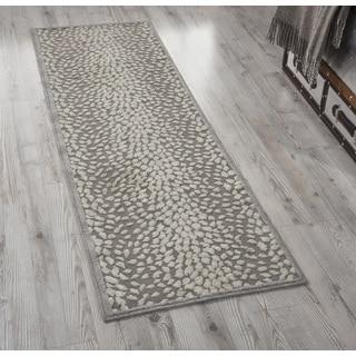 Nourison Graphic Illusions Grey Area Rug (1'10 x 6')