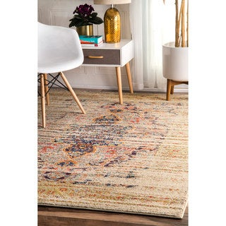 nuLOOM Distressed Traditional Vintage Medallion Sand Rug (5'3 x 7'7)