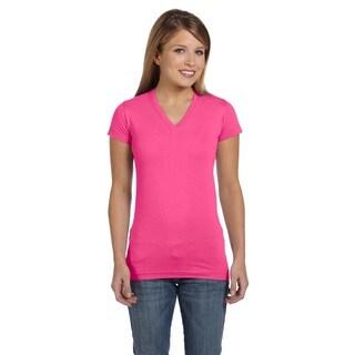 Juniors' Hot Pink Cotton Jersey V-neck Longer Length T-shirt