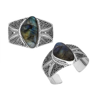 Handcrafted Antiqued Wide Sterling Silver Labradorite Cuff Bracelet (Indonesia)