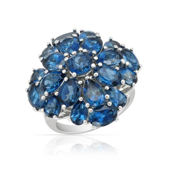 Magnolia Sterling Silver 17 1/3ct TW Topaz Ring (Size 5)