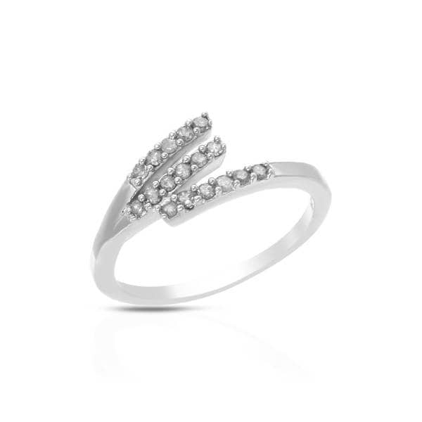 Sterling Silver 1/4ct TW Diamond Ring (Size 8)