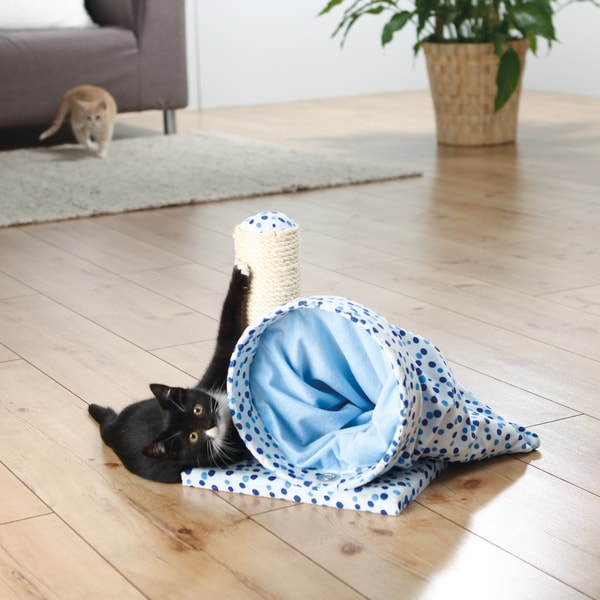 Trixie Callisto Cat Play Tunnel and Scratching Post