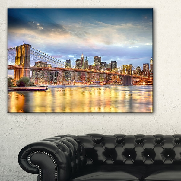 Brooklyn Bridge with Night Illumination - Cityscape Canvas print