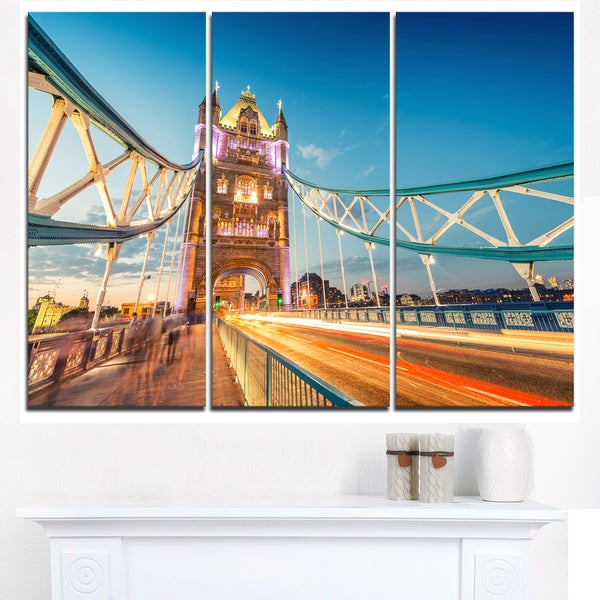 Beautiful View of Tower Bridge London - Cityscape Canvas print