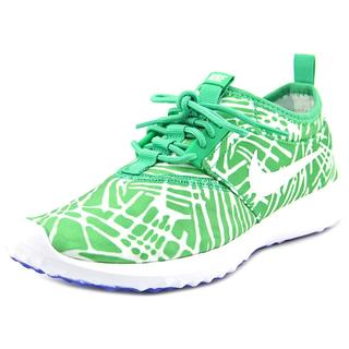 Nike Women's 'Juvenate Print' Basic Textile Athletic Shoes