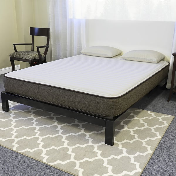 Englander Essentials 8-inch Queen-size Memory Foam Mattress
