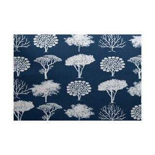 Field of Trees Floral Print Indoor/ Outdoor Rug (5' x 7')