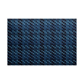 Mad for Plaid Geometric Print Indoor/ Outdoor Rug (5' x 7')
