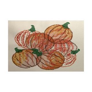 Pumpkin Pile Geometric Print Indoor/ Outdoor Rug (5' x 7')