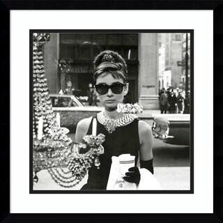 Framed Art Print 'Audrey Hepburn Breakfast at Tiffany's (Window)' 18 x 18-inch
