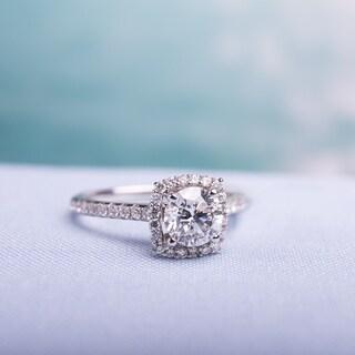 Miadora Signature Collection 14k White Gold 1 1/2ct TDW Diamond Halo Engagement Ring (F-G, SI1-SI2)