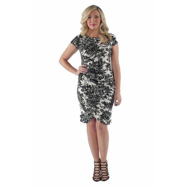 24/7 Comfort Apparel Women's Abstract Black& White Floral Mini Plus Size Dress