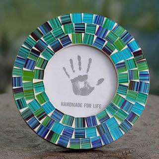 Handcrafted Glass Mosaic 'Aqua Mist' Photo Frame (4x4) (India)