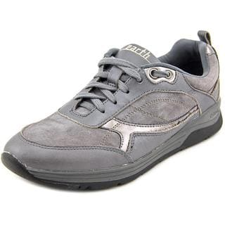 Earth Women's 'Traveler' Grey Regular Suede Athletic Shoes