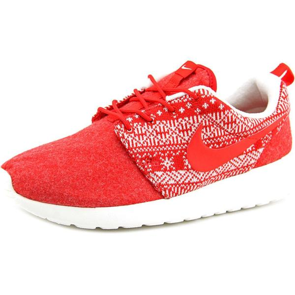 Nike Women's 'Roshe One Winter' Basic Textile Athletic Shoes