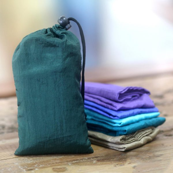 Set of 6 Handcrafted Reusable Nylon Parachute Silk 'Teal Kuta' Shopping Bags (Indonesia)