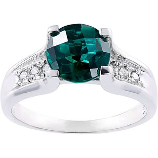 Oravo 14k White Gold 1.75 Carat Created Emerald 1/8ct TDW Diamond Accent Cathedral Ring