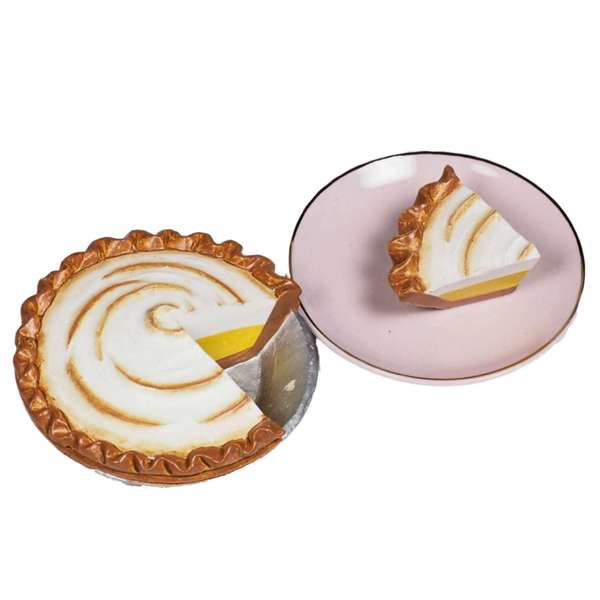 The Queen's Treasures American Bakery Collection Lemon Meringue Pie