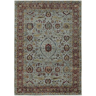 Vintage Dreams Traditional Blue/ Red Rug (6' 7 x 9' 6)