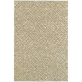Diamond Plush Sand/ Beige Rug (6' 7 x 9' 6)