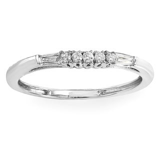 18k Gold 1/8ct TW Round and Baguette Diamond Anniversary Wedding Stackable Guard Band (I-J, I2-I3)