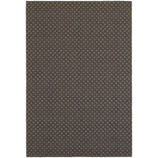 Reverse Diamond Textured Loop Pile Grey/ Charcoal Indoor/Outdoor Rug (6' 7 x 9' 6)