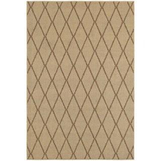 Diamond Lattice Loop Pile Beige/ Sand Indoor/Outdoor Rug (6' 7 x 9' 6)