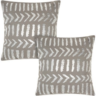 Mina Victory Luminescence Raised Tribal Print Silver/Grey 18-inch Throw Pillow (Set of 2) by Nourison