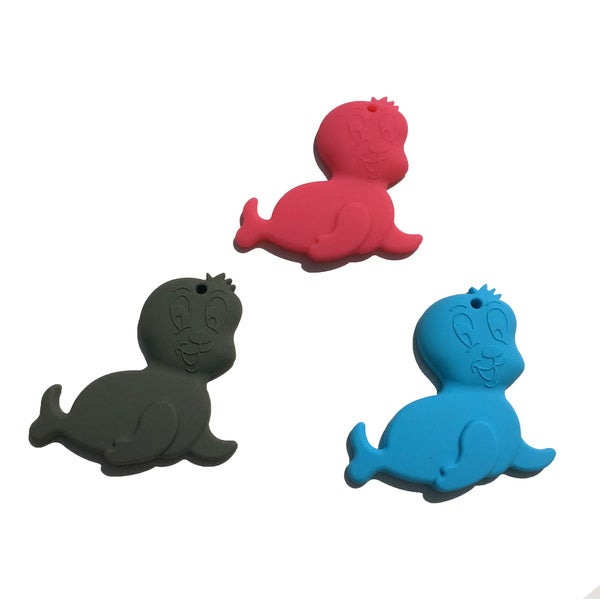 SillyMunk Silicone Seal Teething Pendant