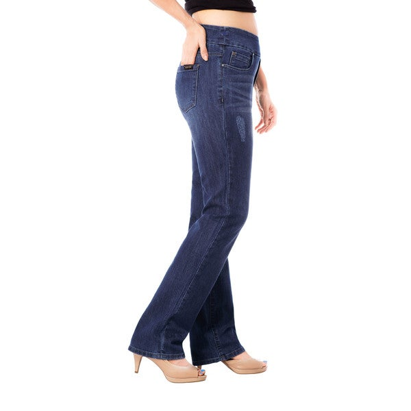 Bluberry Women's 'Emma' Medium-wash Plus-size Straight-leg Denim Pants
