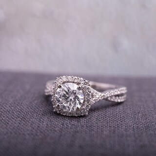 Miadora Signature Collection 14k White Gold and 1 1/2ct TDW Diamond Crossover Engagement Ring (G-H, SI1-SI2)