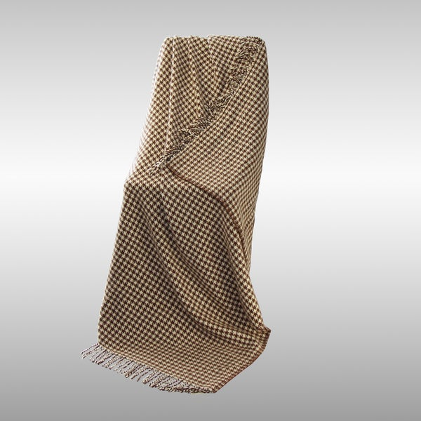 Racha Lambswool Throw