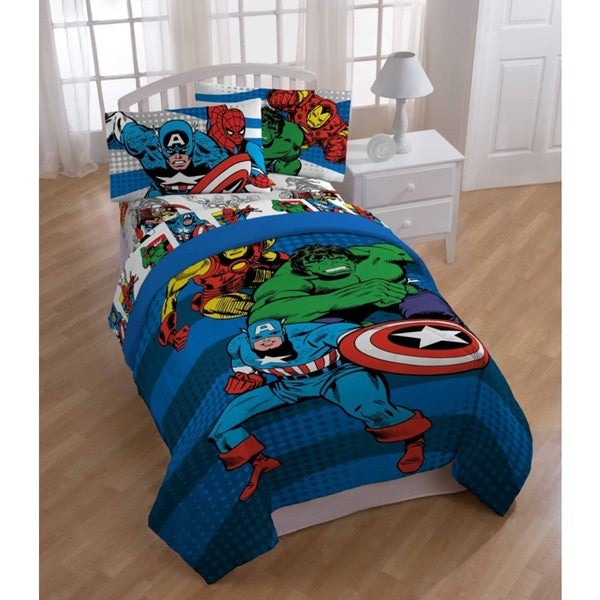 Marvel Comics 'Good Guys' 6-piece Bed in a Bag with Sheet Set
