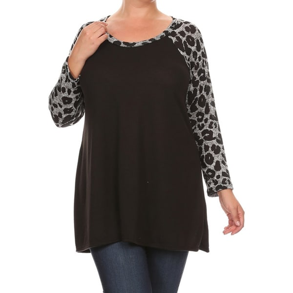 Women's Black/Khaki Polyester/Spandex Plus-size Animal-sleeve Top