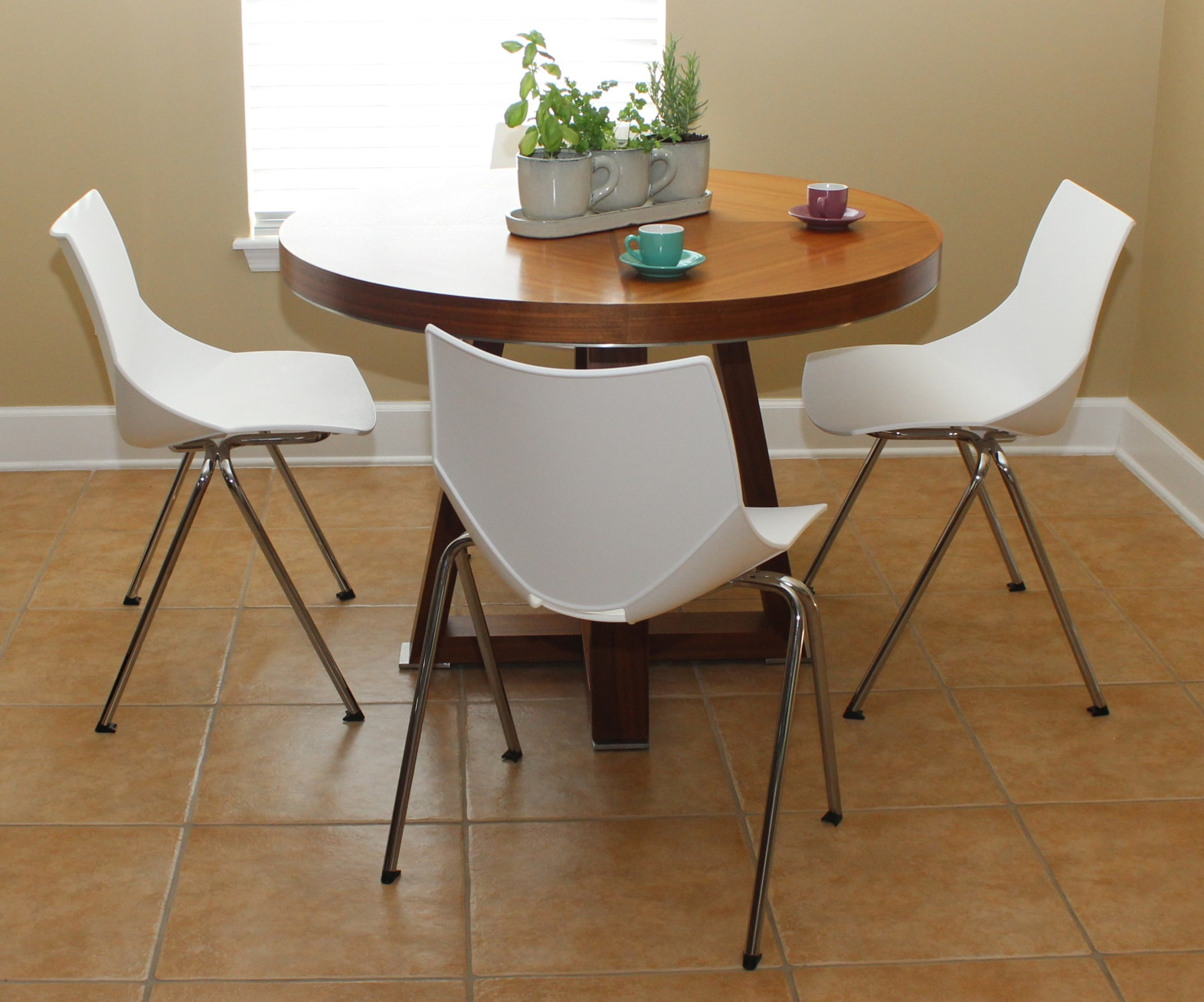 Shell Indoor Dinning Chairs (Set of 2)