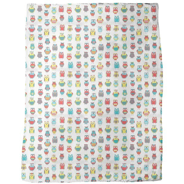 Cartoon Owl Friends Fleece Blanket