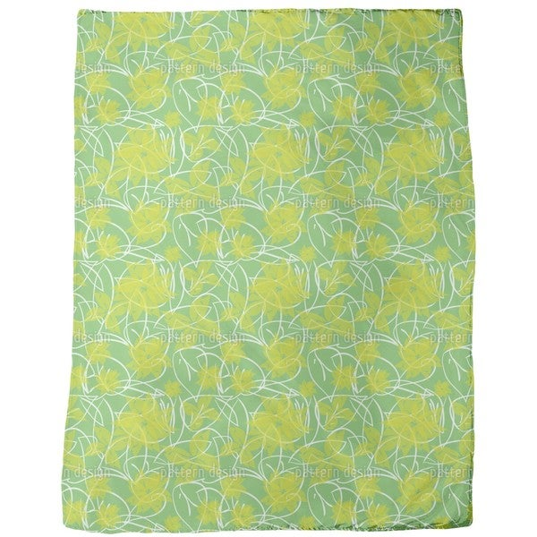 Fresh Flowers Fleece Blanket