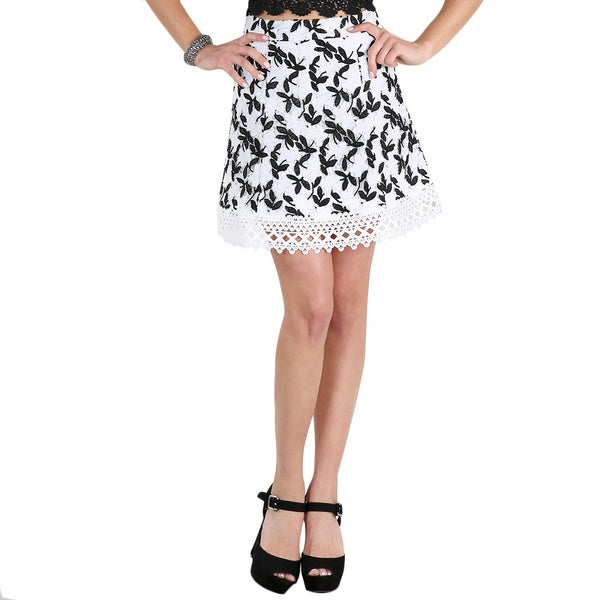 Nikibiki Women's White/Black Crochet Hemmed Lace Skirt