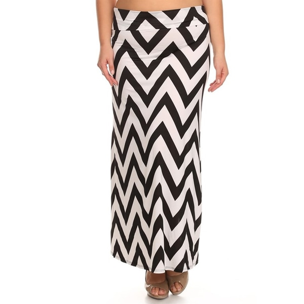 Chevron Black/White Polyester/Spandex Plus-size Maxi Skirt