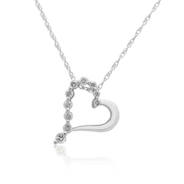 10K White gold 1/6CT TDW Round Diamond Heart Pendant (H-I, I3)